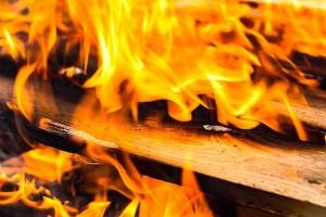 fire-1707042_640
