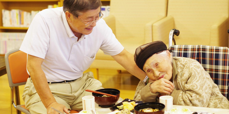 介護する人がいない!老人が増え続けているのに老人ホームが足りない理由とは