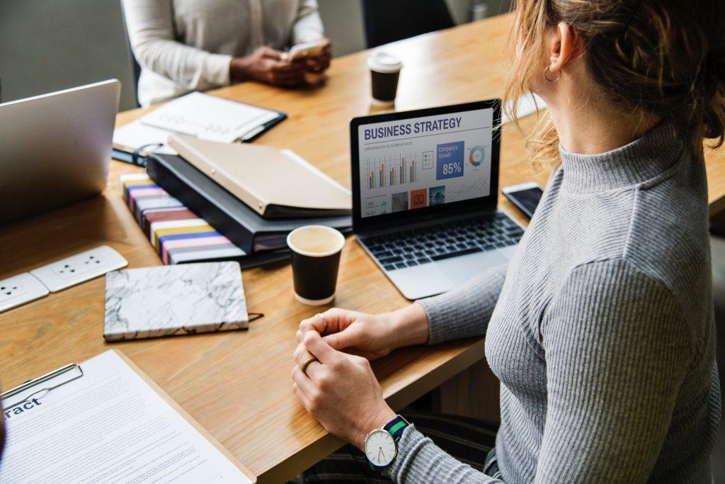 20代が個人年金保険に加入する必要性