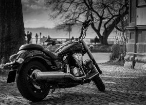 モノクロのバイク