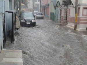 洪水の風景