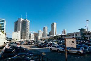 街の駐車場
