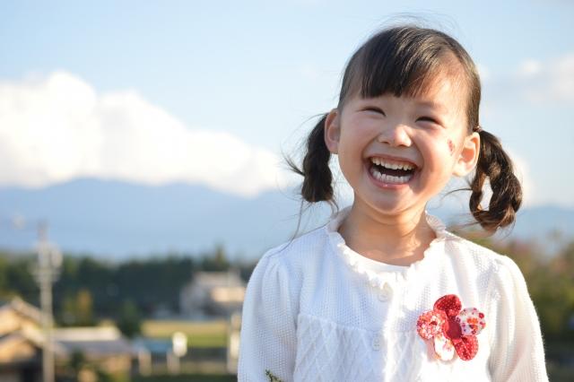 笑顔の少女