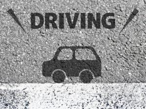 自動車と道路
