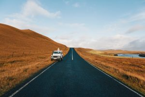 一本道と自動車